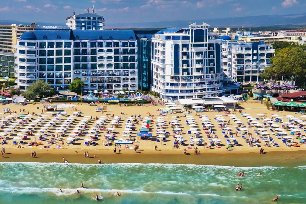Chaika-Beach-Resort-1