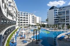Chaika-Beach-Resort-5